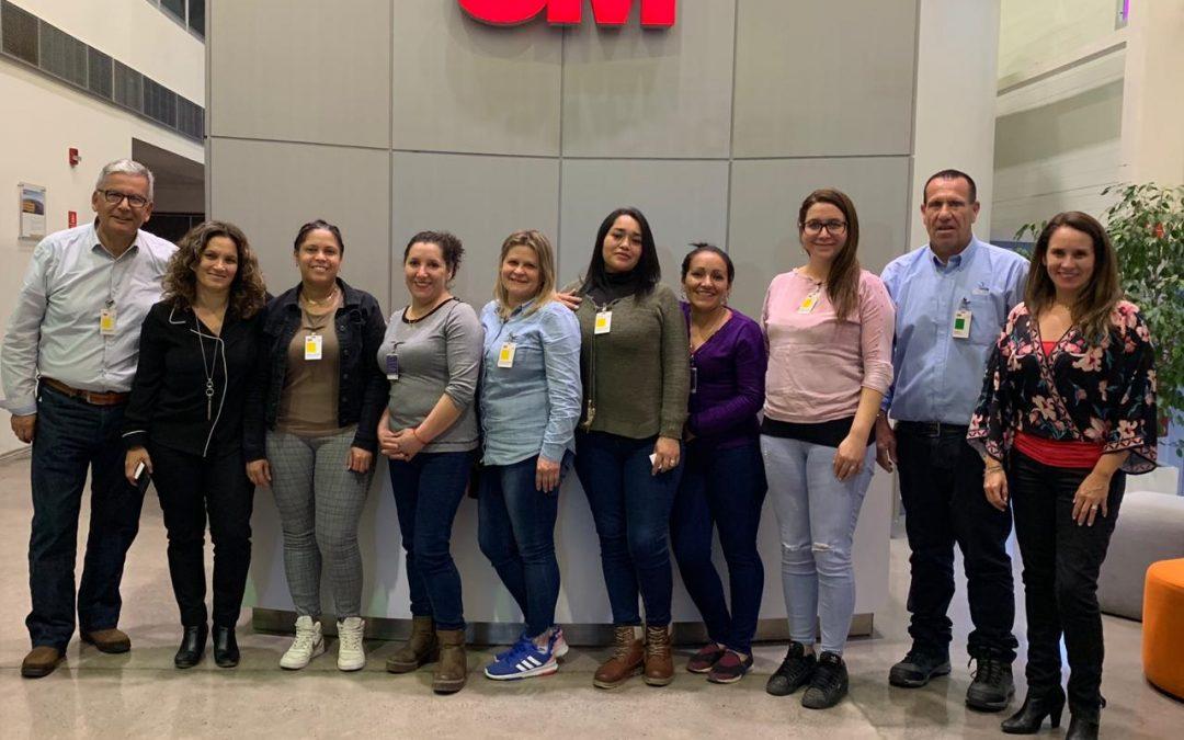 """""""Academia de la Limpieza"""" – Alianza con 3M"""